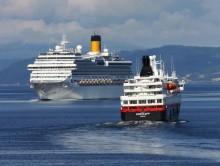 """Passasjerer på cruiseskipet """"MS Aurora"""" får ikke gå i land"""