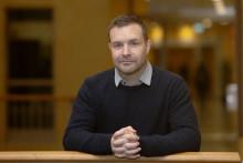 Andreas forskning vilar på nobelpristagarnas upptäckt
