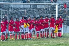 Moçambikiska tjejer spelar för första gången i nationell fotbollsturnering