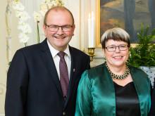 Landshövdingeparet tar med sig värmlänningar på Sverigemiddag hos Kungaparet