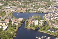 Drive-in båtbio på broinvigning i Härnösand 12 juli