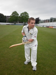 New bat pushes 'boundary' for disabled cricket
