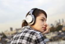 Música em movimento: com os quatro novos auscultadores Bluetooth® da Sony