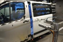 Ford utsätter nya Transit Custom för extrema temperaturer och 550 000 dörrstängningar