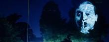 Pressinbjudan: Videoverket The Influence Machine av Tony Oursler visas utomhus på Stockholms universitet