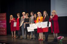 Stipendieutdelning när rikstäckande kampanjen Woman in Red startade.