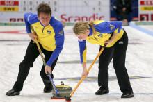 Curling-VM mixed dubbel. Svensk premiärmatch mot Kina i natt svensk tid. Topplacering krävs för att nå en OS-plats.