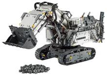 Tusende annonsen firas med Lego-Liebherr