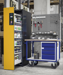 DENIOS lanserar nytt utdragbart kemikalieskåp för maximerad förvaring