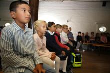 Grundschule Louisenlund heißt neue ABC-Schützen willkommen
