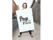Anna Charlotta Gunnarson tillbaka med Pop och politik i radion