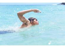 WF-SP900_B_WaterproofSwimming-Mid
