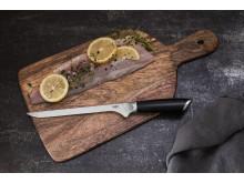 Knives_EGO-Sandvik_Fillet-Knife-W20FK_w_fish_landscape