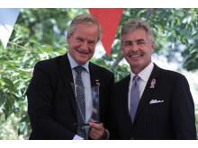 Norwegianin konsernijohtaja Bjørn Kjos ja Yhdysvaltain Norjan suurlähettiläs Kenneth J. Braithwaite