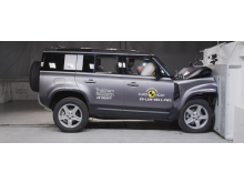 Land Rover Defender - Full Width Rigid Barrier test 2020 1