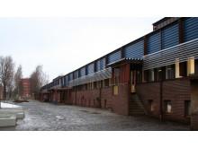 Norra Ålidhemsskolans exteriör är tidstypisk, därför har så mycket som möjligt av den behållits.