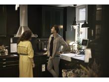 Selvom den hvide minimalistiske stil i køkkenet fortsat dominerer, trænger grønne og blålige nuancer sig på i køkkenmoden