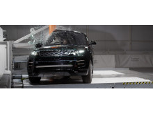 Range Rover Evoque Pole crash test April 2019