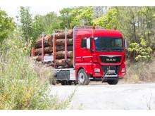 Största modellen från MAN i timmerbilsutförande. Visas på Elmia Wood 2017.