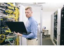 Einblicke in die Technikzentrale von Deutsche Glasfaser