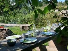 Boka bord i naturen i Fulltofta.