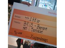 Kungsmässan skänker 44.288kr till BRIS - Barnens rätt i samhället!