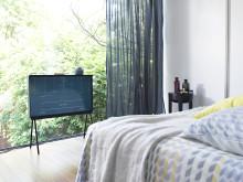 Samsung Serif TV - Winter Hibernator