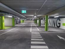 Bilder invigning av butiker och garage i Nykvarn samt inflyttade stadsradhus
