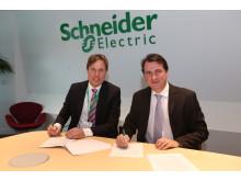 Nyt globalt samarbejde mellem DONG Energy og Schneider Electric