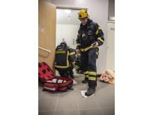 Övning med ambulanssjukvården och elever från Nicolaiskolan.