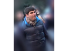 Image of man police wish to identify ref: 22115
