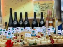 Käse Vielfalt begleitet von süddeutschen Weinen