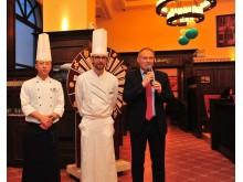 Eröffnung German Food Promotion_Johnson Li,  Executive Chef Maritim Hotel Shenyang, Sebastian Bartels und Hoteldirektor Sandro Schmidt (von links)