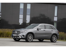 Mercedes-Benz Laddhybrid-GLC 300e 4MATIC-01
