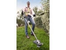Slip for ledningen, når du trimmer græs med Ryobis første ONE+ buskrydder