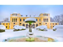 Slottets baksida i vinterskrud