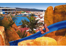 Det er ikke kun de lave priser, som gør Bulgarien til et populært ferieland for familier, men det vrimler også med de populære vandlande – også på nogle af de store familiehoteller.