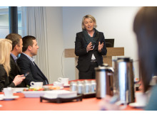 Næringsminister Monica Mæland sier at hun tar funnene fra studien på alvor