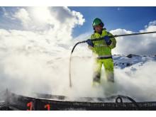 Steaming for å fjerne is og snø