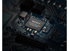 Sony_WI-1000XM2_QN1_OnBoard