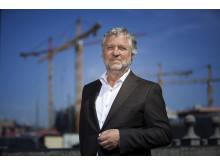 Idag onsdag, med start kl 13.30, medverkar bostadsminister Peter Eriksson (MP) på Trä & Teknik.