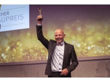 -Peter Zimmermann (Stillworks Metallgestaltung, Riegel) hat 2019 in der Kategorie Metallgestaltung mit dem Oktroibrunnen in Germersheim gewonnen.