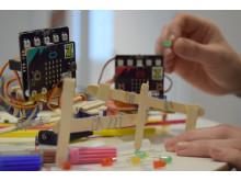 Zcooly Hack - Händer som pillar med Glasspinnskryp
