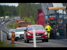 Svevia utför beläggningsarbete i Umeå Foto Patrick Trägårdh.jpg