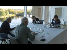 Juryn med bro Kranvattentävling