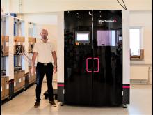 Adm. direktør Lars Farsø, FH Automation A/S, er glad for den nye Wire Terminal WT 36, der har forbedret firmaets konkurrenceevne.