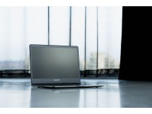 Samsung 9-series laptop_05