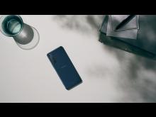 Xperia 5 II_InSitu_Blue_16_9-Large