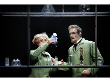 Blanche & Marie / Susanna Levonen (Marie Curie) & Karl Rombo (Pierre Curie)