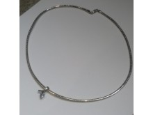 20190430-necklace-stolen-burglary-sxp201904171182-best-res